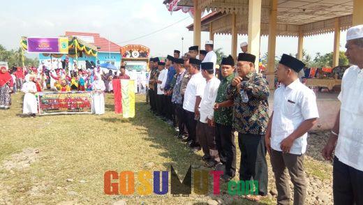 Memeriahkan Tahun Baru Islam 1441 H di Kecamatan Lubuk Barumun, Wabup Lepas Pawai Taruf
