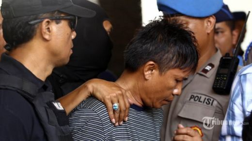 Kisah selama di Bus, Cara Cerdik Polisi Menyamar hingga Si Pembunuh Keji Ngompol Celana