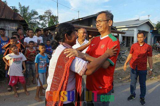 Minta Jalannya Dibenahi, Warga Desa Bakaran Batu Nyatakan Tolak Politik Uang