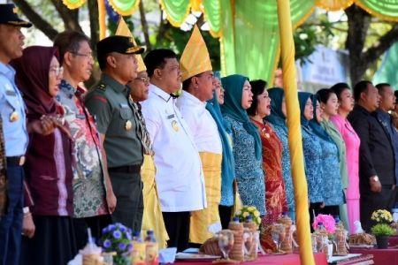 Gubernur Tekankan Pentingnya Membina Keluarga