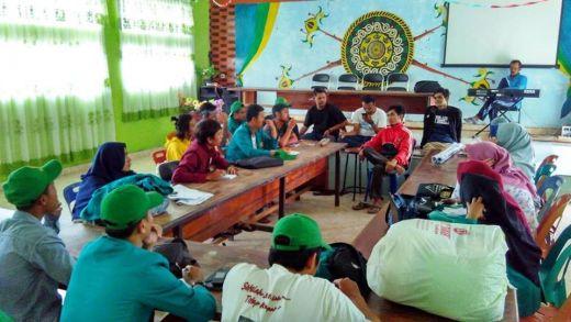 Mahasiswa Sosialisasi Kasus KDRT dan DBD