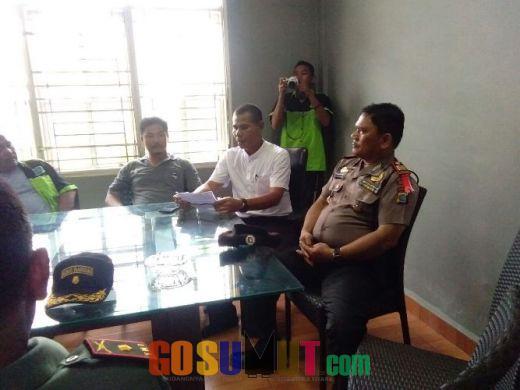 Polisi Kawal Unras Masyarakat ke PT Agung Agro Lestari