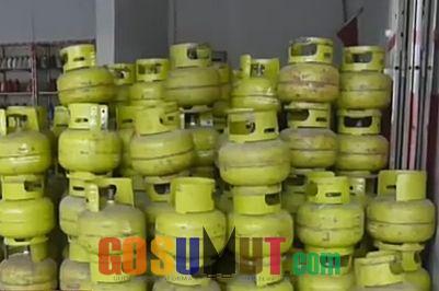 Warga Teluk Mengkudu Panik, Gas Elpiji 3 Kg Sulit Didapat