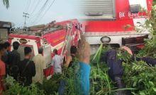 Mobil Damkar Pemkab Labuhanbatu Kecelakaan, 1 Petugas Tewas Terjepit
