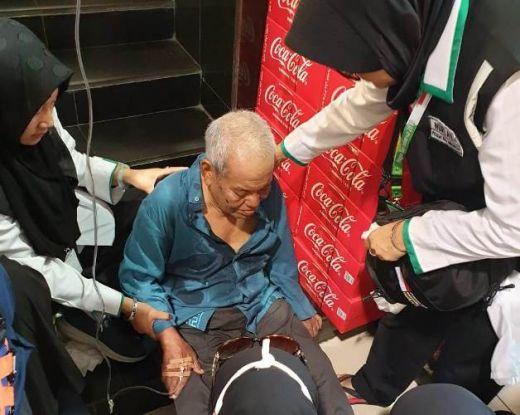 Mabes Polri Berhasil Evakuasi Jemaah Asal Medan yang Kelelahan