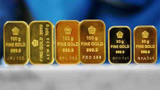 Jumat Harga Emas Tercatat Turun Sebesar Rp5 000 Per Gram