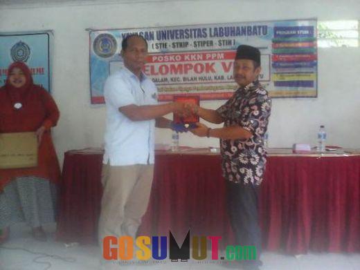 Mahasiswa Y-ULB KKN dalam Pemberdayaan Masyarakat