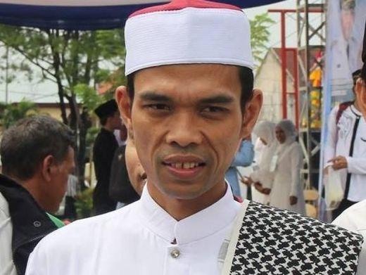 Ustadz Abdul Somad Tabligh Akbar di Masjid Agung Medan Selasa