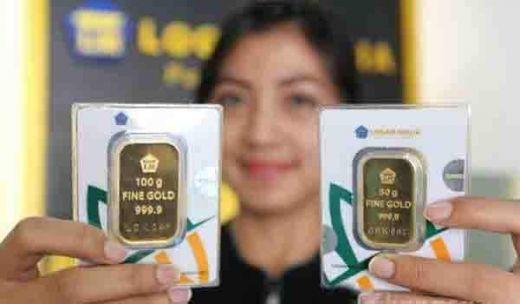 Harga Emas Antam Turun Rp4.000