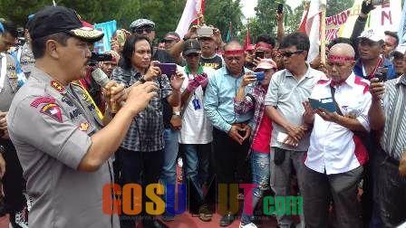 Komite Tani Menggugat Unjuk Rasa di Polda Sumut