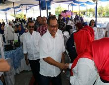 Hadiri Reuni Akbar SMPN 9/11 Medan, Akhyar Ajak untuk Hormati Guru
