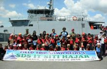 Lantamal Perkenalkan Kapal Perang pada Anak Usia Dini