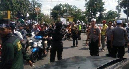 Kapolrestabes Medan Pimpin Pengamanan Unjuk Rasa GNPF