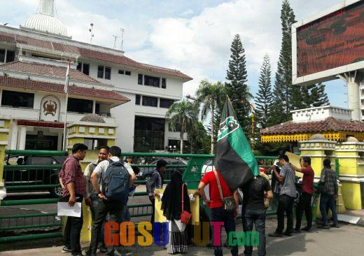 himpunan-mahasiswa-islam-minta-pemko-medan-hentikan-pembangunan-podomoro