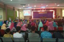 Seminar Nasional Pendidikan Guru Madrasah Ibtidaiyah Resmi Dibuka di Medan