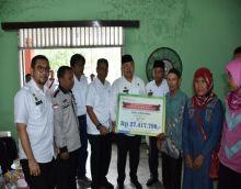 Bupati dan Wabup Sergai Berikan Penyerahan Dana PAD BUMDes dan Dana RTM EKS- PNPM-MP Kecamatan