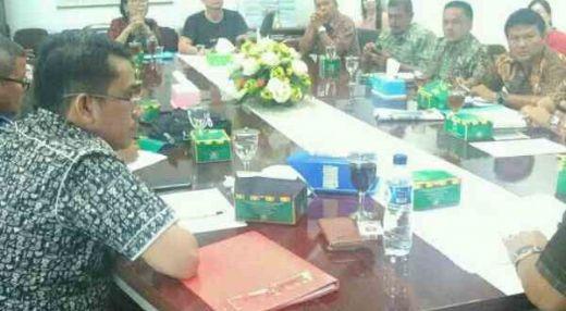 DPRD Medan Desak Satpol PP Bongkar Tower Milik Smartfren